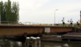 Geen treinen door defecte spoorbrug