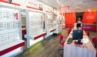 Hans Anders verbouwt winkel in Alphen a/d Rijn
