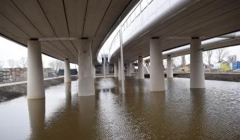 Koningin Máximabrug open voor verkeer