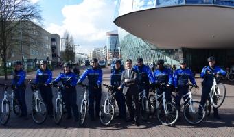 Ambtenaren leren fietsen