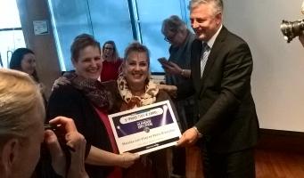 Mariska van Vliet en Petra Dresscher benoemd tot Alphense Vrijwilligershelden