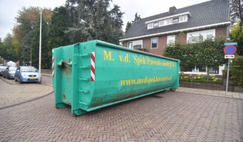 Containers blokkeren wegen rond Alphense jaarmarkt