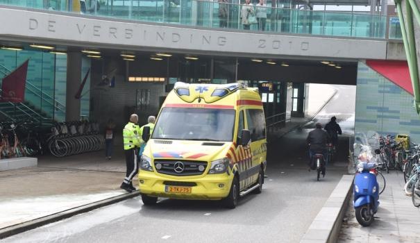 Voetganger gewond na ongeval met fietser bij station