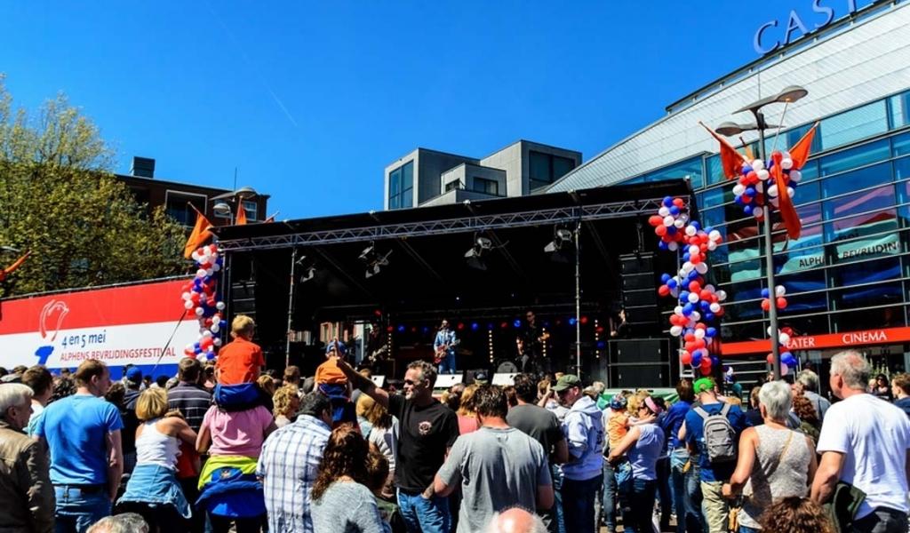 Glennis Grace naar het Alphens Bevrijdingsfestival