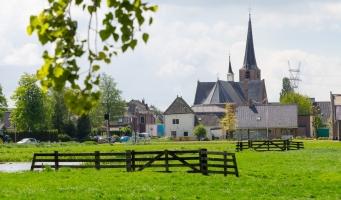 Dorpsstraat in Koudekerk aan den Rijn