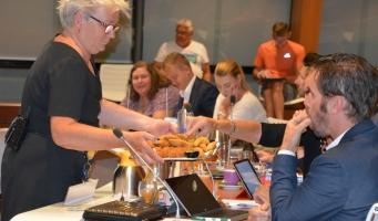 Onderzoek naar ruimere openingstijden fastfood