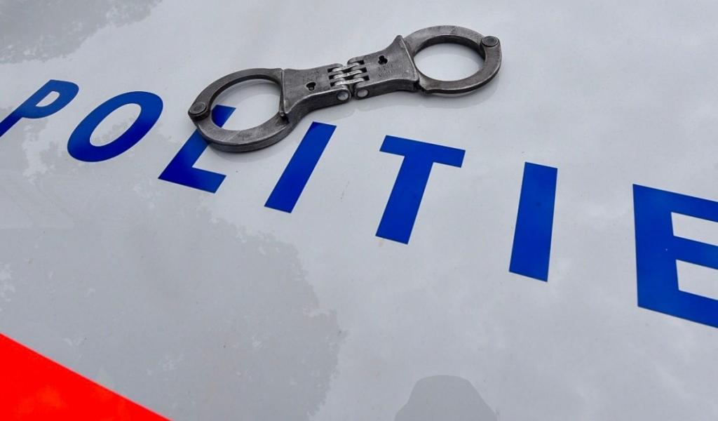 Twee mannen met inbrekerswerktuigen aangehouden