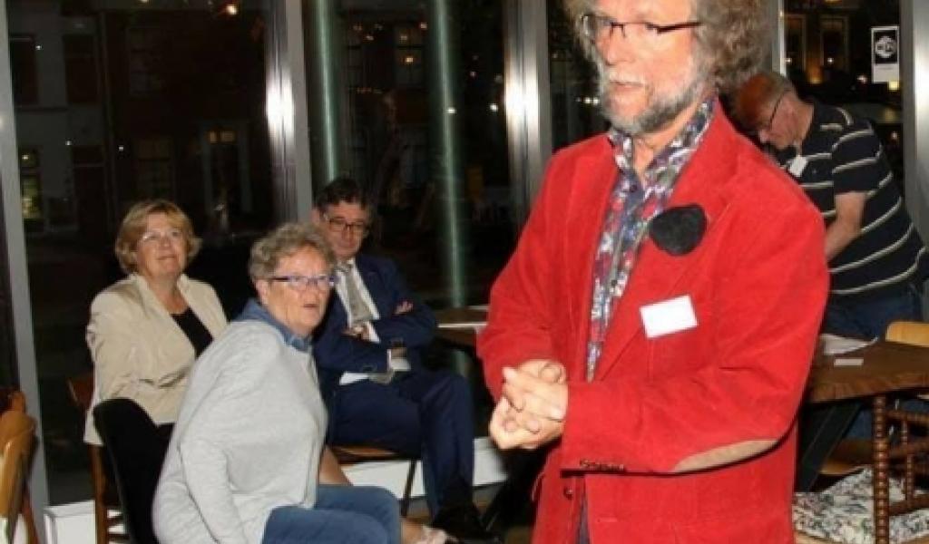 Stadsdichter bezoekt Swaenswijk