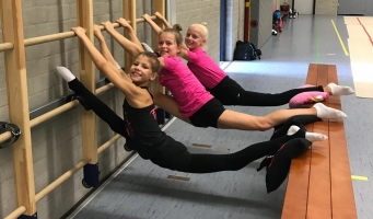 Vier gymnasten van Wilskracht in beloften selectie
