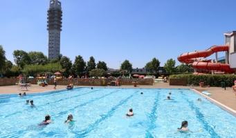Alphense zwembaden krijgen 287.000 euro extra