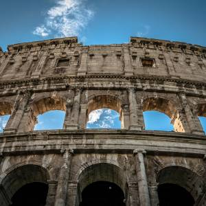 colosseum-1799672_960_720.jpg
