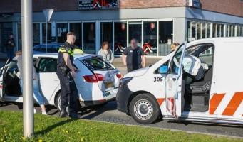 Ongeluk met drie auto's bij station Alphen