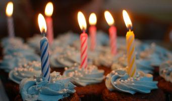 verjaardag taart cupcake kaars